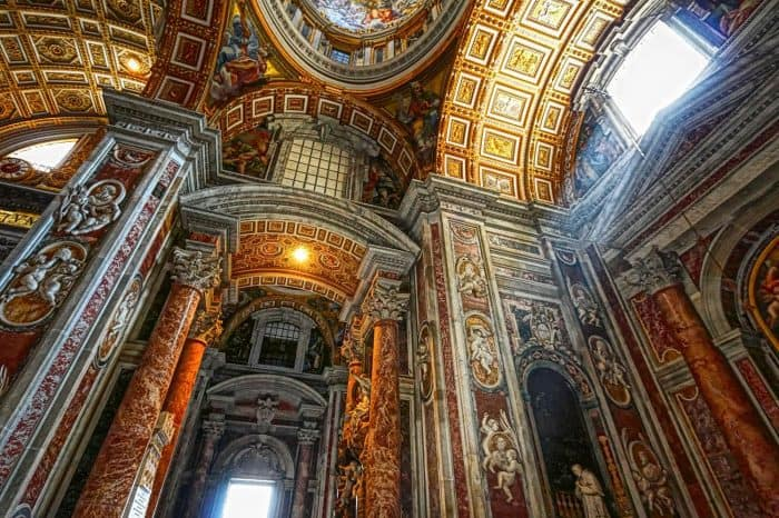 Private Vatican tour with Sistine Chapel, St. Peter's Basilica and the Vatican museums