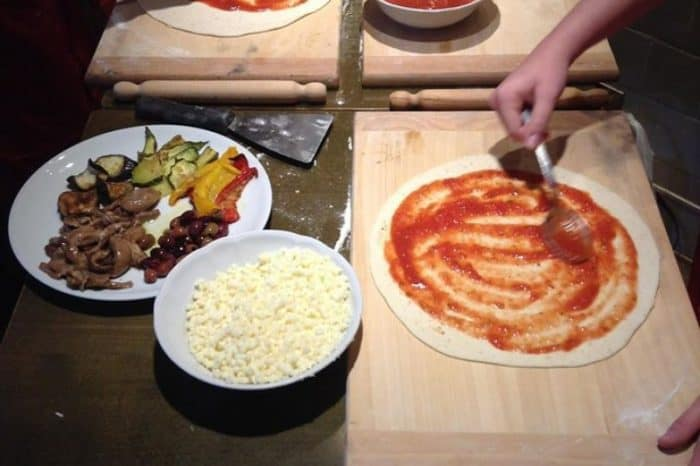 Pizza making course in Rome